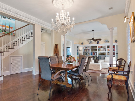 Elegant Dining Room with Fancy Chandelier