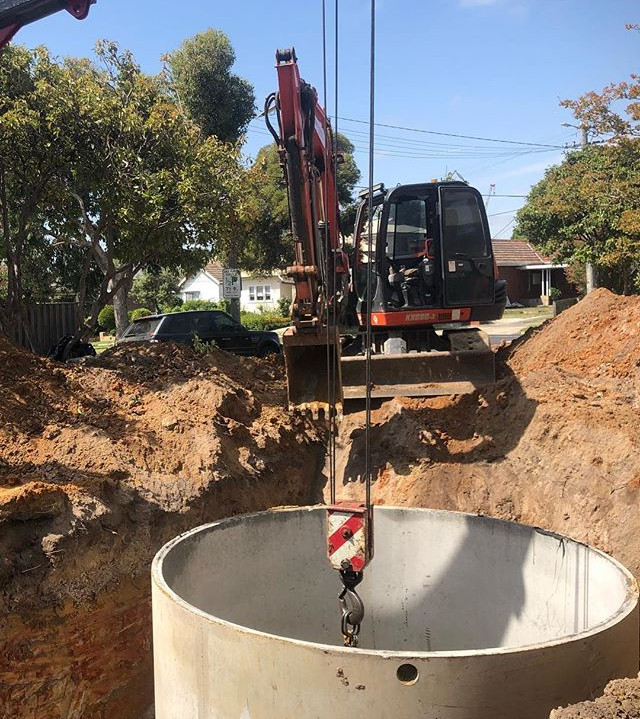 Shifting a 20,000ltr water tank that oth