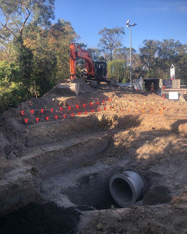 Prepped ready to build a pit. #hitachiex
