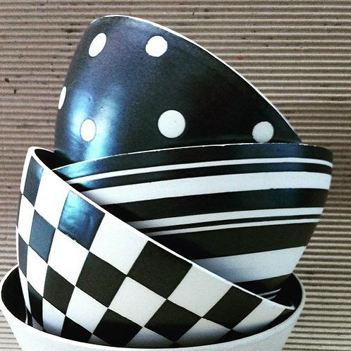Bowls G listras preto e branco em cerâmica