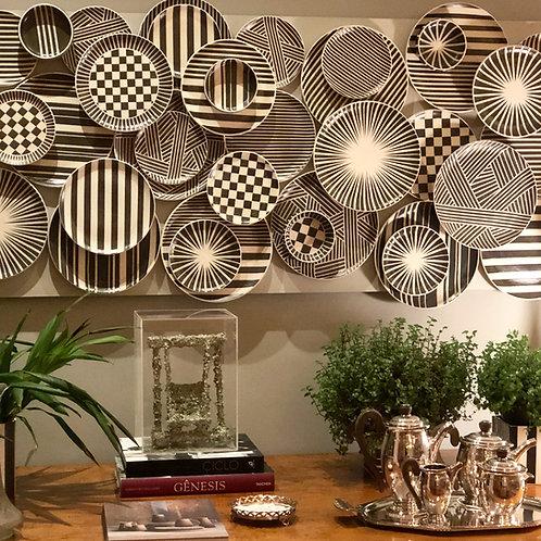 Painel de parede com pratos