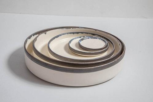 Conjunto de 5 pratos diversos tamanhos em cerâmica