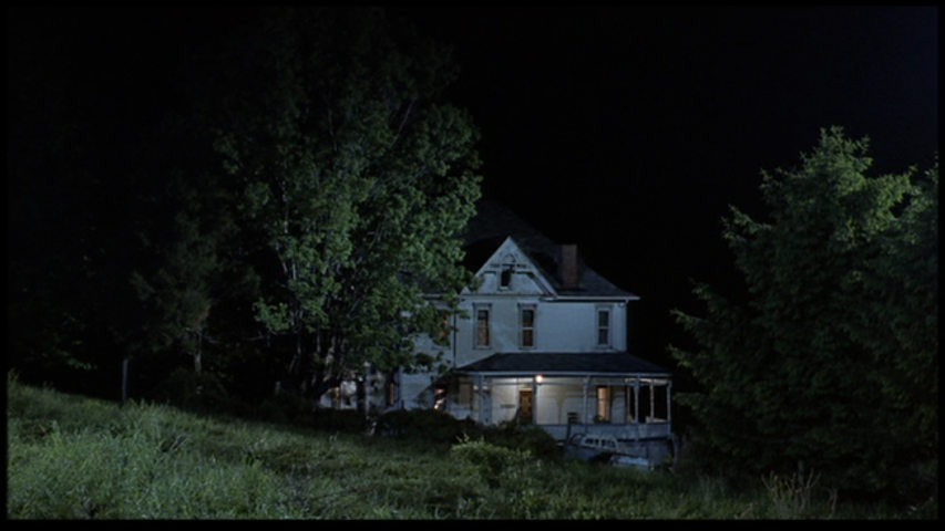 Night-of-the-Living-Dead-1990-farmhouse-night