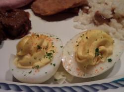 Aparecieron los huevos rellenos