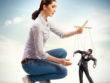 8 Signs Of A Manipulative Wife