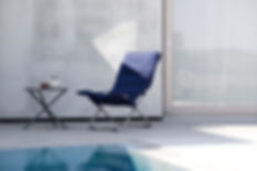 fiam_fiesta_soft cushion navy_tris table