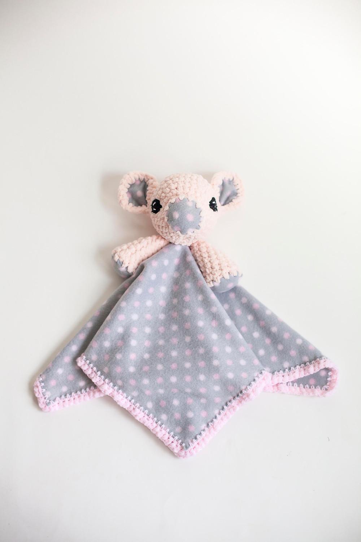 amigurumi pig crochet lovey