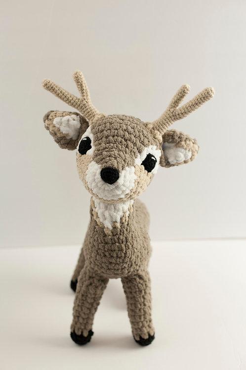 Darcy Deer Amigurumi Pattern