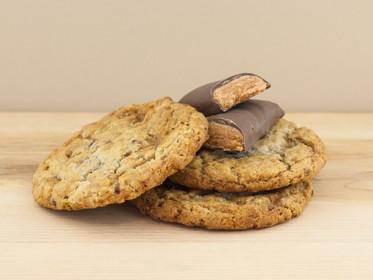 Butterfinger Cookies_Background.jpg