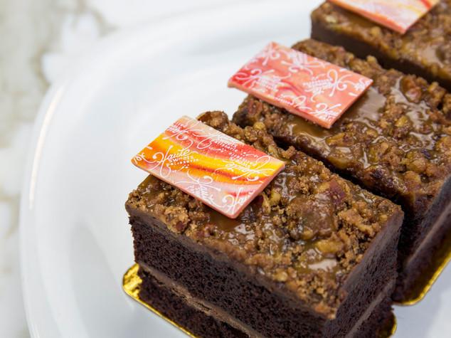 Crunch Cake.jpg