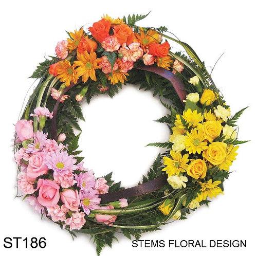 ST186 Wreath - modern bright groupings