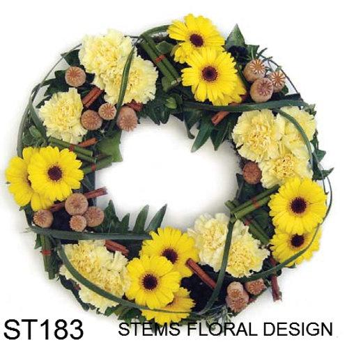ST183 Wreath - modern, textured with yellow flower