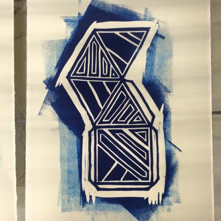 Pyramid print