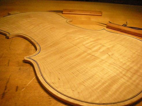 Luthier, Tacoma, violin repair, violin rental, viola, violin bow rehair, violin setup, violin sales