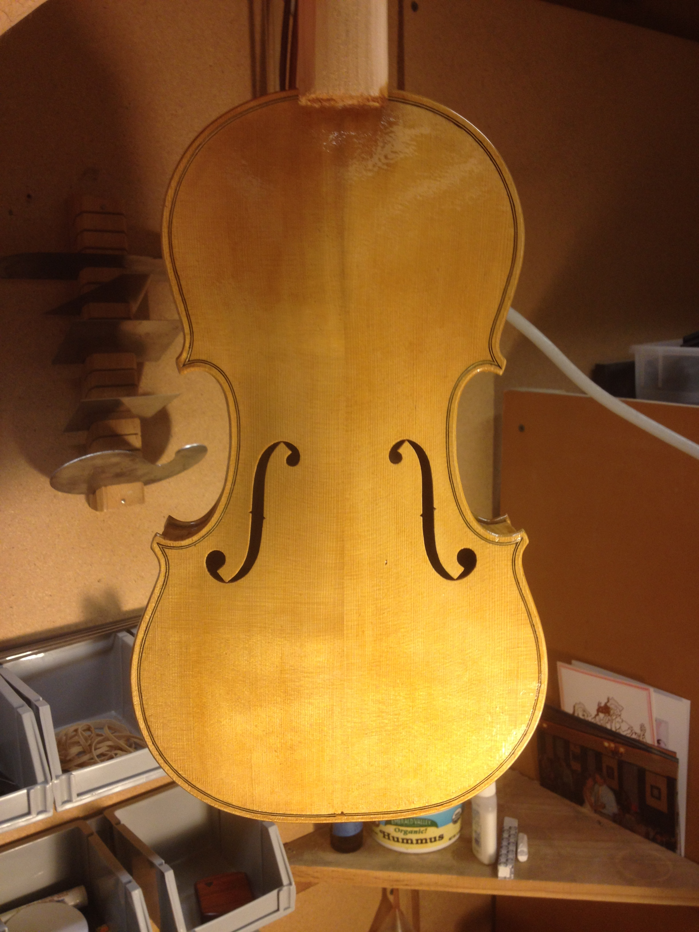 varnishing spruce violin top