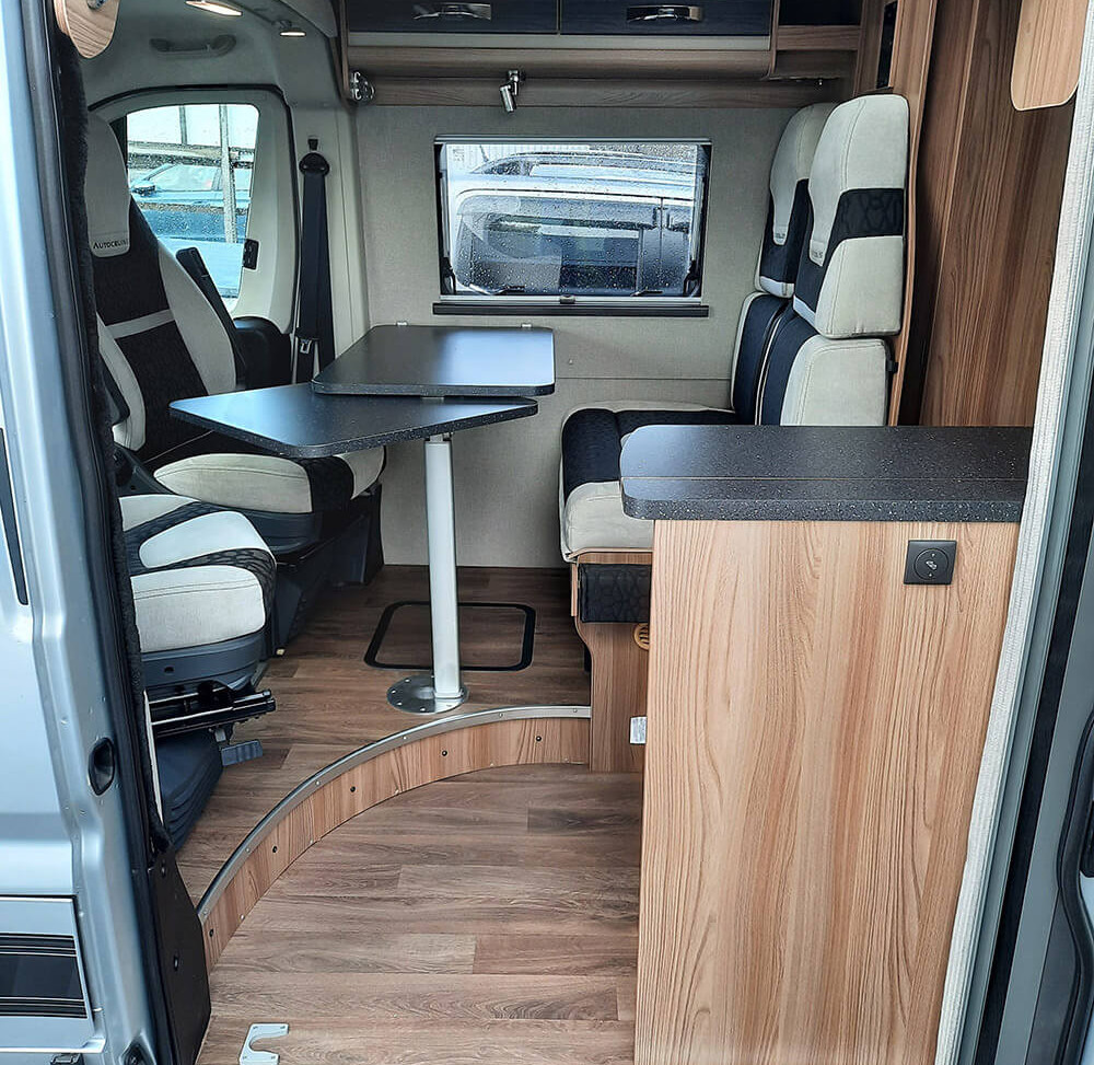 Swift Select dinette and travel seats.