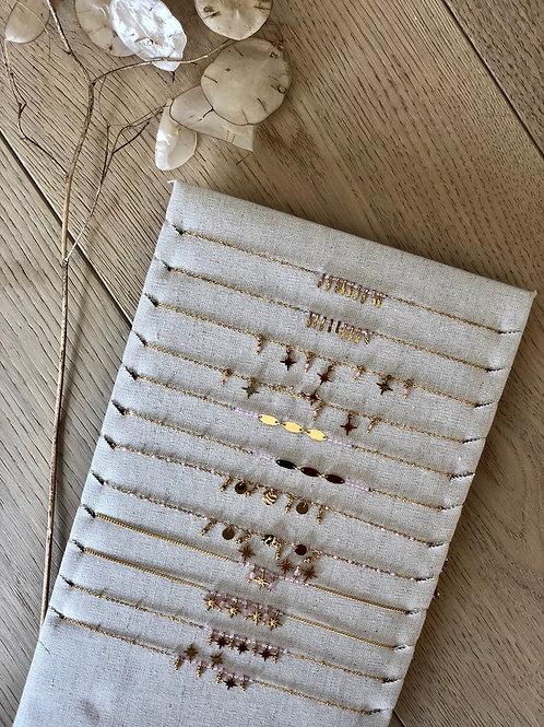 Necklace light pink per stuk