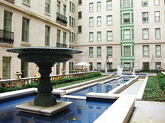 Plaza Hotel_Interior Courtyard Fountain