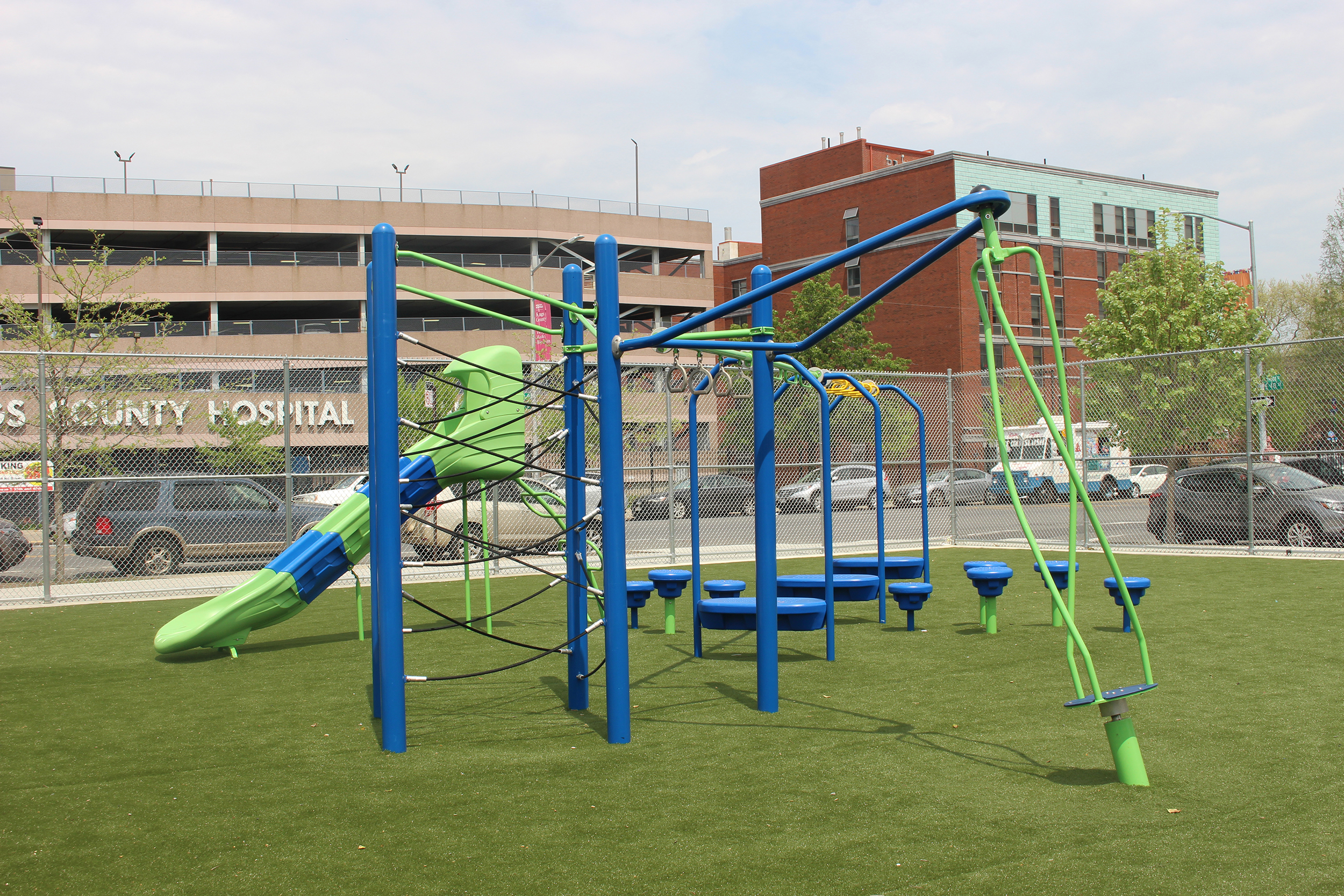 PS 235K Play Area Equipment