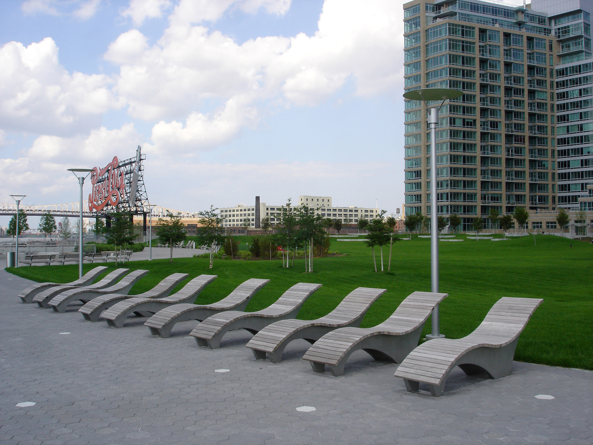 Lounge Area at Gantry Plaza State Park