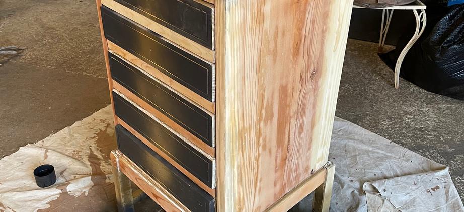 Quail Dresser