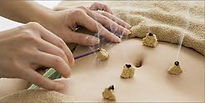 Moxibustion and Acupuncture Clinic