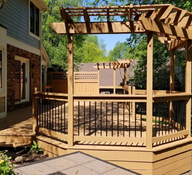Deck with attached gazebo.jpg