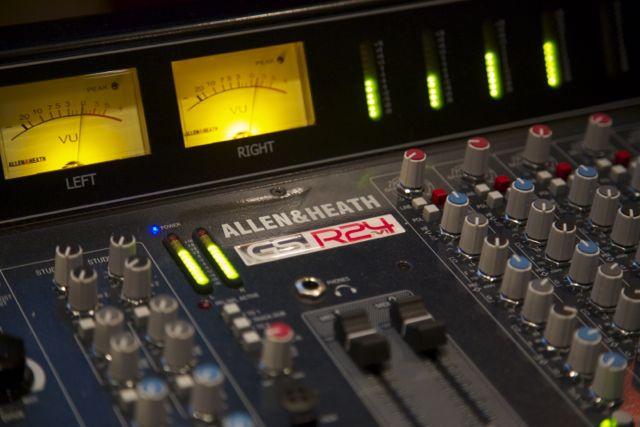Estúdio A - Console Allen&Heath