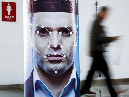 Aumento do uso de reconhecimento facial pelo poder público no Brasil levanta debate sobre limites