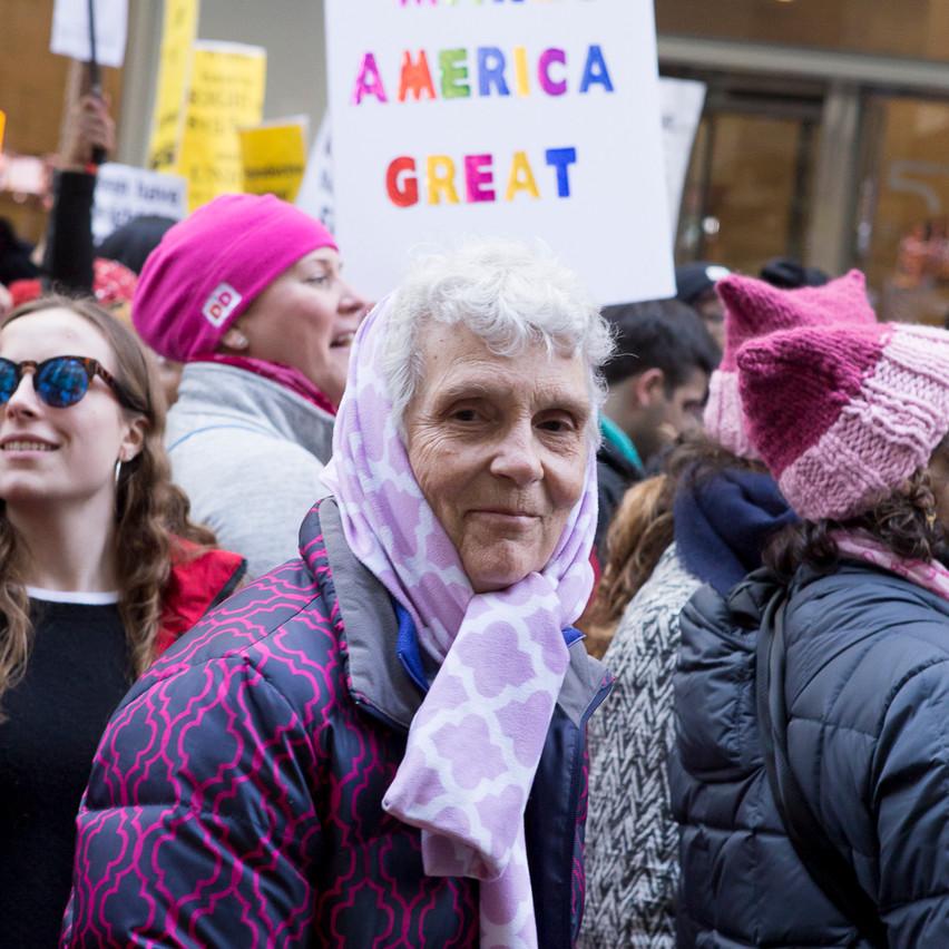 ErikaKapinPhotography_WomensMarchNYC_2017_01_21web_15