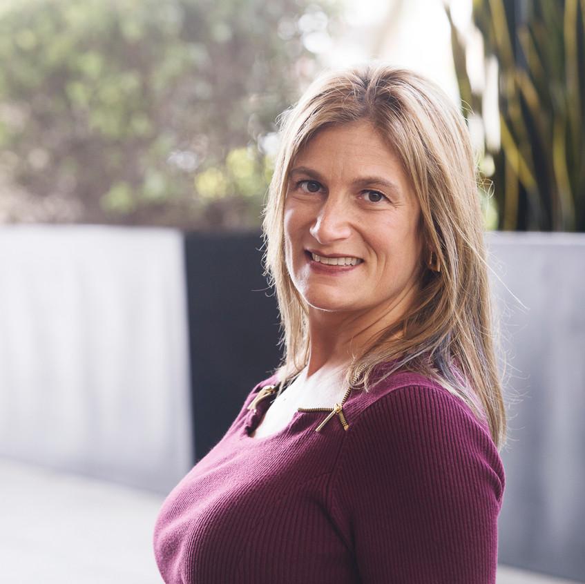 Dr Laura Deitsch
