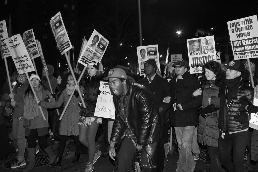©ErikaKapin_BlackLivesMatter_Protest_2014_12_19_MG_1410BWWEB.JPG