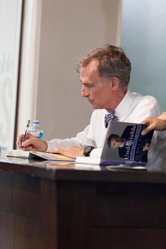 ©ErikaKapin_Bill_Nye_Book_signing_MG_8251.jpg