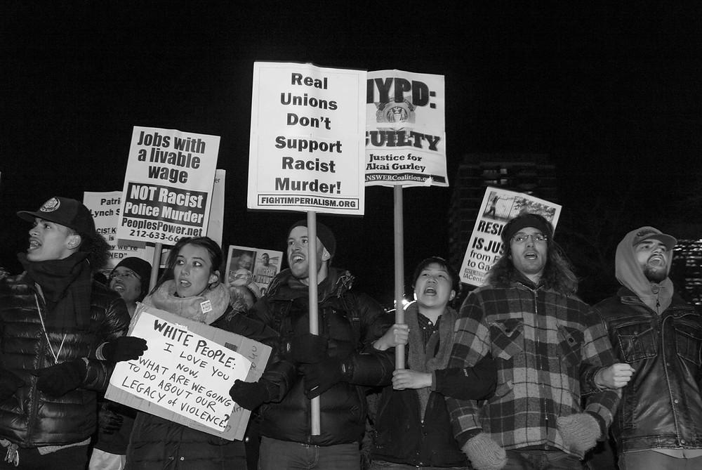 ©ErikaKapin_BlackLivesMatter_Protest_2014_12_19_MG_1406BWWEB.JPG