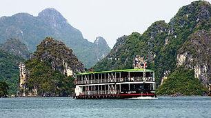 Pandaw-Halong-Roter Fluss.jpg