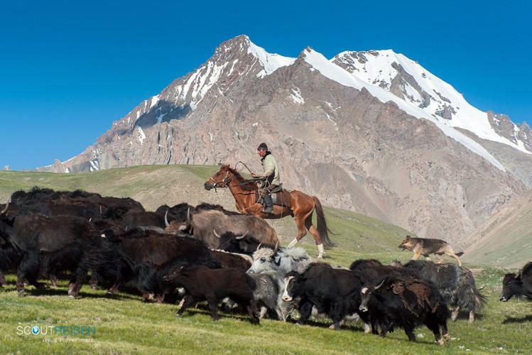 9 Kirgistan Reisen.jpg