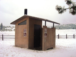 Vault Concrete Toilet -Barnwood