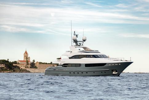 legenda-yacht-banner.jpg