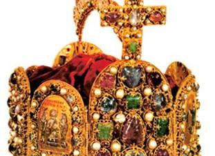 למה גדול הקיסרים הנוצריים שרלמן נקרא דוד? למה מופיעה בכתר ממלכתו צורת החושן