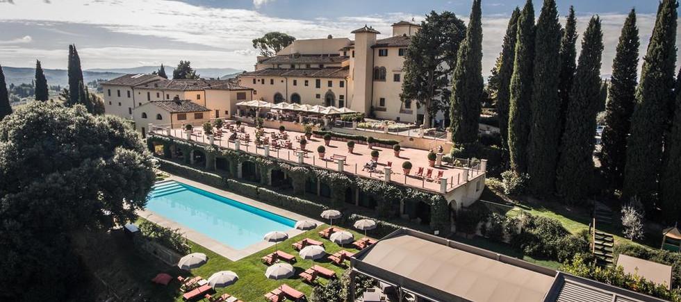 castello_del_nero_-_luxusní_dovolená.jpg