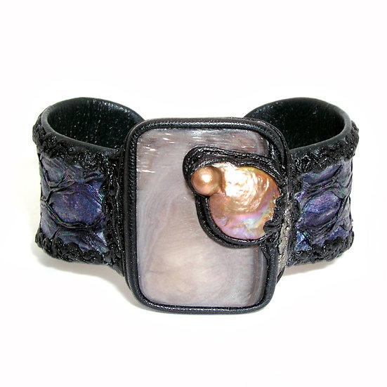PEARLS Artisan Fishskin Leather Bracelet LB-012