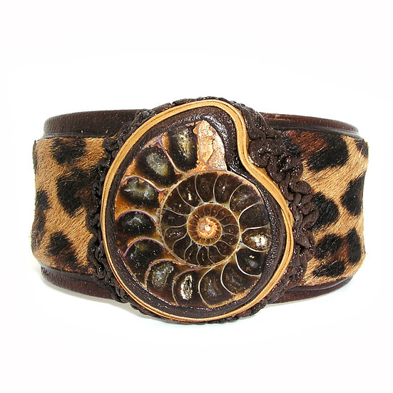 FOSSIL Artisan Haircalf Leather Bracelet LB-009