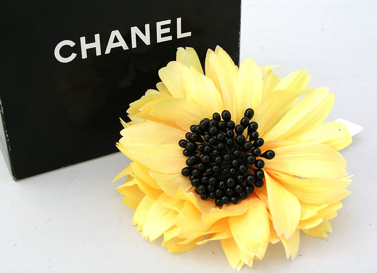 Chanel Sunflower Pin France A-002