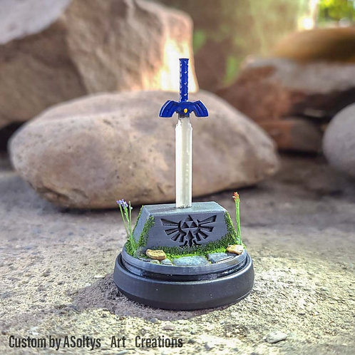 Master Sword Amiibo - lights up when scanned