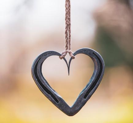 Horseshoe Hearts