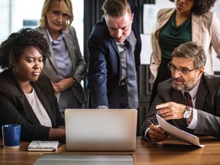¿Qué gestiona la ética empresarial?