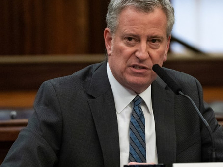 Нью-Йорк запрещает проводить церковные службы, вопреки требованию президента