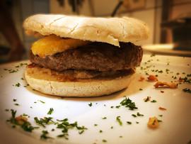 Burger - Passe Tout Outre