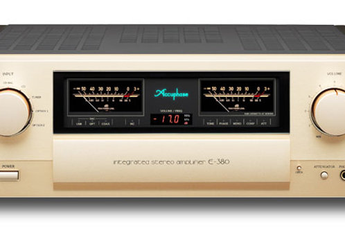 Accuphase E-380 Intergrated Stereo Amplifier