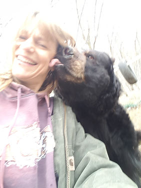 26 year old Ben the bear giving a lick